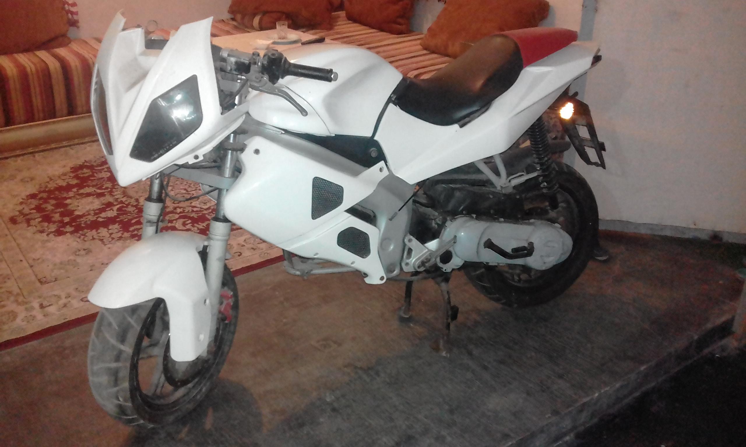 moto-gilera-dna-50