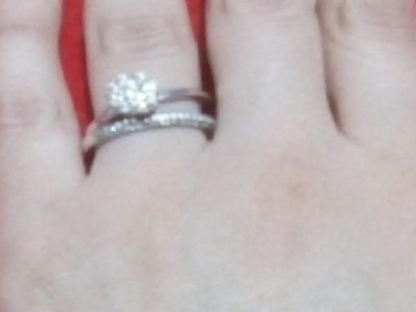 خاتم نقرة يضفي جمالا على أناملك