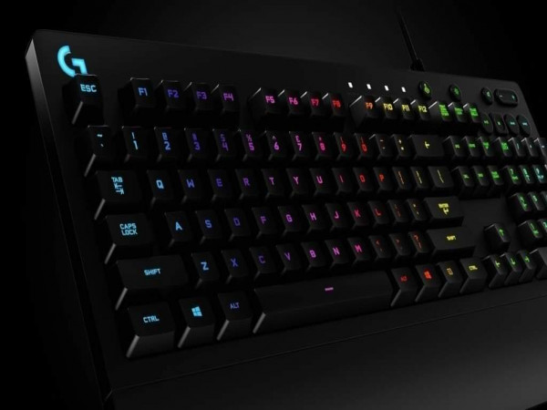 clavier logitech g213 prodigy semi mechanical