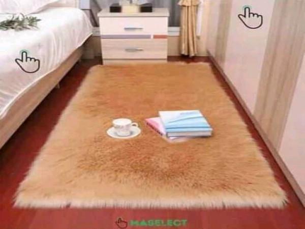 tapis-fourrure-1m701m-livraison-gratuite
